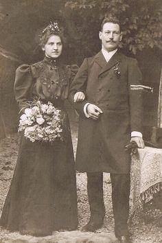 Black Bride, Here Comes The Bride, Gentleman, Brides, Victorian, Lady, Gentleman Style, Wedding Bride, Bridal