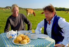 A great deal of love is shown for Isle of Wight produce by TV chef, James Martin, in the latest episode of his 'Great British Adventure', shown on ITV earlier this week and available on catch-up. Chef James Martin, Best Sausage, Manchester New, Tv Chefs, Sausage Rolls, Isle Of Wight, Great British, Yummy Food, Dishes