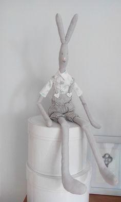 #maileg #diy #handmade #sewing #rabbit #bunny #toy #scandi #decoration