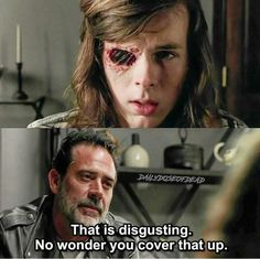 Saw that scene in the comics now I'm actually going to cry again.. No one talks bad about Carl Grimes, not on my watch