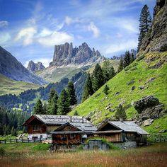 #valduron #dentiditerrarossa #besttrentinopics #my_dolomiti #igtrentinoaltoadige ##ig_trentinoaltoadige #igpic_trentinoaltoadige #alpinevillages#altoadigeweb #trentinodascoprire#volgotrentinoaltoadige