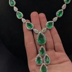 cts green emerald necklace with cts white diamonds💚💚💚💎💎💎 Emerald Necklace, Emerald Jewelry, Gemstone Jewelry, Pendant Necklace, Diamond Settings, Green Tourmaline, Emerald Diamond, Jewelery, Regine