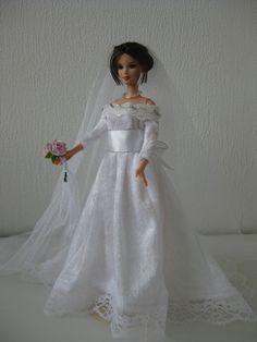 Classic Bride. Zelfgemaakte Barbie kleding VERKOCHT