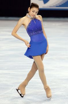 Yu-Na Kim, World championship in figure skating. So beautiful posture.