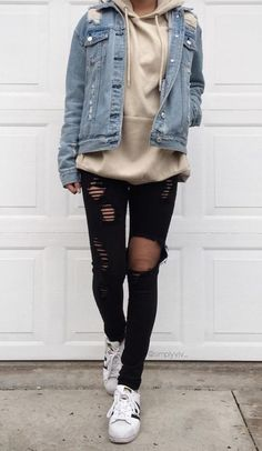 34 Outfit Ideas for this Spring is part of Hipster outfits - Spring is just around the corner! So get ready and check out these 34 looks! Winter Outfits For Teen Girls, Cute Spring Outfits, Cute Teen Outfits, Teen Fashion Outfits, Boho Outfits, Tomboy Winter Outfits, Casual Hipster Outfits, Fashion Clothes, Cute Winter Outfits Tumblr