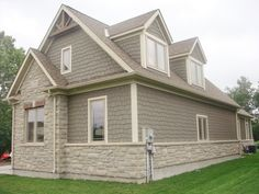 JamesHardie Staggered Shake Siding, with Gentek Aluminum Soffit, Fascia and Trim