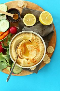 The BEST EVER 5 Minute Microwave Hummus! The trick that gives you creamy restaurant-style hummus #vegan #glutenfree