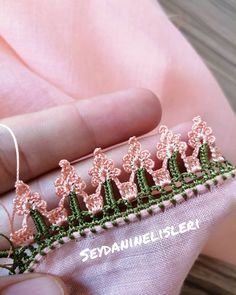 Heavy and Quality 39 Scrumptious Crochet Needlework Models Crochet Lace Edging, Crochet Borders, Thread Crochet, Crochet Stitches, Knit Crochet, Crochet Projects To Sell, Crochet Crafts, Baby Knitting Patterns, Crochet Patterns