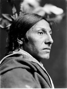 all we wanted was peace and to be let alone (crazy horse) | amos two bulls, dakota sioux | c. 1900 | foto: gertrude kasebier