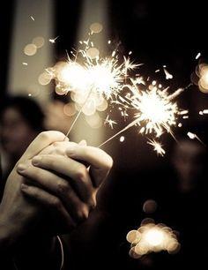 Бенгальские огни сделаю волшебной Вашу свадьбу  #oceanlove #свадьбавкрыму #бенгальскиеогни #безупречнаясвадьба