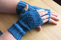 Forgotten Love Mitts by Jane Lithgow