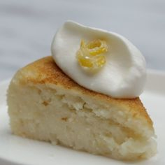 Recipe with video instructions: How to make lemon ricotta pancake in a rice cooker.  Ingredients: 2 ½ cups pancake mix, Zest from one lemon, 2 ⅔ cups skim milk, 2 cups skim ricotta cheese, Whipped cream, Sugared lemon zest