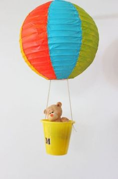 Globos de papel para decorar fiestas | Blog de BabyCenter