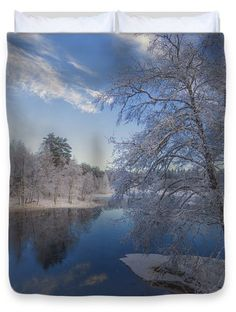 "Blue and White Queen (88"" x 88"") Duvet Cover"