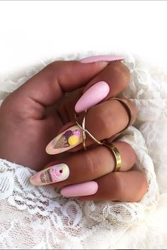 nails nails art nails designs nails ideas nails almond nails nails almond nails fashion almond nails nails almond nails and generous Diy Nail Designs, Diy Design, Diy Nails, Manicure, Nail Plate, Almond Nails, Little Things, Beautiful Outfits, Gemstone Rings