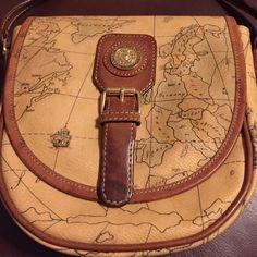 Pierre Balmain purse. No trade Vintage Pierre Balmain long strap shoulder purse. Pierre Balmain Bags