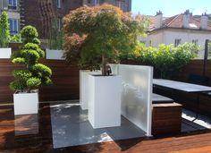 Jardinières en aluminium thermo laqué. Conception sur mesure. Destinataire: Terrasse privée