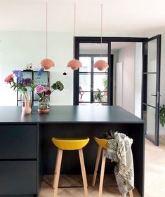 Interior Planning Tips Tricks And Techniques For Any Home Kitchen Dinning, New Kitchen, Black Kitchens, Home Kitchens, Kitchen Images, Living Room Colors, Küchen Design, Interior Design Kitchen, Decoration