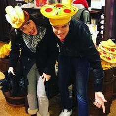 Vai uma pizza ou um cachorro quente na cabeça? Aqui tem...  #fastfood #chicago #usa #caere #renanbarabanov