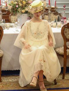 Vintage Style Dresses, Vintage Outfits, Vintage Fashion, Simple Dresses, Cheap Dresses, Little Girl Dresses, Flower Girl Dresses, Moda Lolita, Simple Dress Pattern