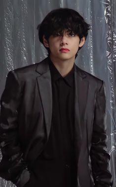 Foto Bts, Bts Photo, Bts Bangtan Boy, Bts Boys, Kim Taehyung, Bts Aesthetic Pictures, Bts Korea, Bts Pictures, Taekook