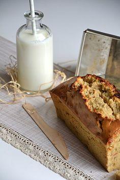 Cake vitalité à la farine de kamut, aux graines de chia et aux pommes http://www.lesrecettesdejuliette.fr