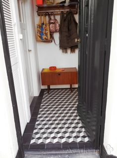 Cement tiles Hall - Gris 09 Kwart - Egal Negra S800 - Project van Designtegels.nl