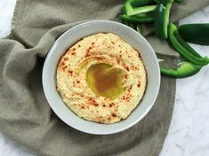 Hemgjord hummus - se & gör Hummus, Tahini, Barbecue, Dessert, Snacks, Ethnic Recipes, Food, Corner, Crickets