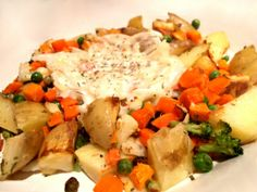 Looking for ideas for Live #BelowtheLine? This dish (roast potato wedges and mixed vegetables with a garlic and onion bechamel) came in at just 33p - via One Pound Per Day.