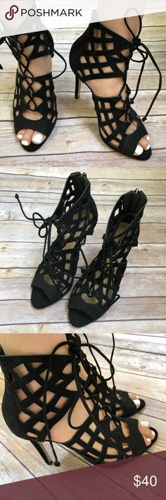 Black Steve Madden Caged Heels 🖤 Great condition. Worn only a couple of times. Smoke free and pet free home / environment. Ships Immediately! 💕 BUNDLE with another items and save 20% 🔥💯 Steve Madden Shoes Heels