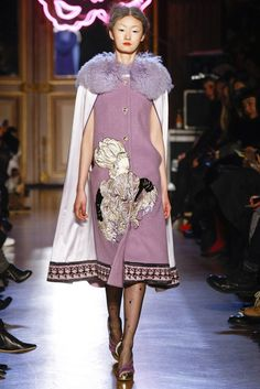 Tsumori Chisato Fall 2011 Ready-to-Wear Fashion Show - Lili Ji (ELITE)
