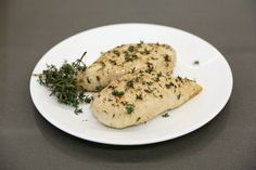 This easy lemon-thyme chicken #recipe will become your weeknight staple, via @POPSUGARFood http://www.popsugar.com/food/Lemon-Thyme-Baked-Chicken-Recipe-40259216?utm_campaign=share&utm_medium=d&utm_source=yumsugar via @POPSUGARFood