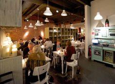 In het Antwerpse huiskamerrestaurant en bar Josephine's heerst een 'bohemien-boudoirsfeer'. Op het bord verschijnen verrassende combinaties.