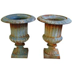 Pre-Owned French Cast Iron Urns Pair ($449) ❤ liked on Polyvore featuring home, outdoors, outdoor decor, decorative accessories, outdoor urn planters, outdoor urns, french garden decor, outdoor planters and outdoor patio decor
