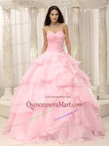 2014 Fashionable Baby Pink Quinceanera Dresses with Beading and Ruffles