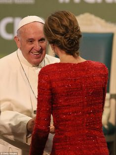 This is not the first time that these two have met, in fact Queen Letizia's first Royal engagement was a trip to meet Pope Francis at the Vatican in June