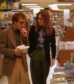 woody and diane shopping for books...loved this movie