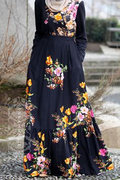 Cotton floral print maxi dress Alessia. Modest wear.