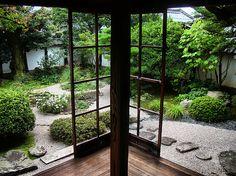 Lafcadio Hearn's former residence in Matsue City by ojisanjake.