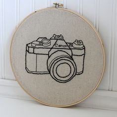 hand embroidery hoop art - vintage camera