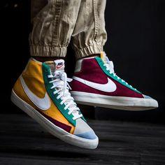 Kicks Shoes, Shoes Sneakers, Nike Run, Shoes Too Big, Nike Shoes Outfits, Fresh Shoes, Hype Shoes, Jordan, Sneakers Fashion