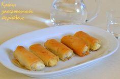 Ένα κρητικό finger food με πέντε υλικά που συνήθως τρώγεται αλμυρό αλλά μπορεί να περιχυθεί και με λίγο μέλι, οπότε γίνεται γλυκοξινοάλμυρο τυρομπουρεκάκι. Finger Food Appetizers, Finger Foods, Cheese Pies, What You Eat, Fresh Rolls, Hot Dog Buns, Tart, Sweets, Stuffed Peppers