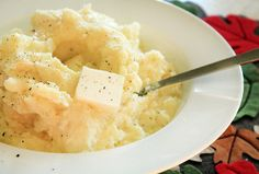 The Best Garlic Mashed Potatoes   FaveSouthernRecipes.com