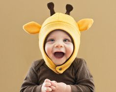 Giraffe Baby/Toddler Fleece Hat by mrsPTB on Etsy Fleece Hat Pattern, Hat Patterns To Sew, Sewing Patterns, Dress Patterns, Sewing Projects For Kids, Sewing For Kids, Fleece Projects, Sewing Crafts, Paper Towel Crafts
