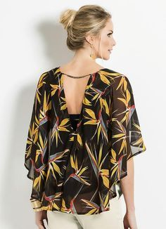 Blusa capa estampada colcci - colcci blusa de linho, blusas de cetim, b Blouse Styles, Blouse Designs, Nice Dresses, Casual Dresses, Mom Dress, Mom Style, Clothing Patterns, Couture, Clothes For Women