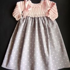 faldón 538 copia 700 Baby Girl Dresses, Baby Dress, Flower Girl Dresses, Toddler Outfits, Kids Outfits, Kids Dress Clothes, Baby Cardigan, Spring Dresses, Baby Knitting
