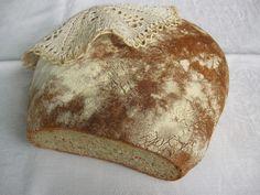 Jak tylko spróbowałam pierwszą, jeszcze ciepłą kromkę tego chleba, pomyślałam, że szybko muszę uwiecznić przepis na blogu zanim jeszcz...