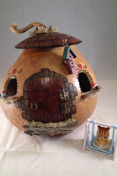 Gooseberry Lane Gourds: Fairy Houses for the Grandkids Crafts To Make, Crafts For Kids, Arts And Crafts, Diy Crafts, Gourd Crafts, Clay Fairy House, Fairy Garden Houses, Fairy Gardens, Gourds Birdhouse