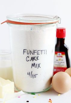 This Homemade Funfetti Cake Mix is the best way to enjoy a sprinkle filled cake! You will find that this is one of the best tasting cakes you will ever have, not to mention fun to look at! Homemade Cake Mixes, Homemade Spices, Funfetti Kuchen, Funfetti Cake, Chocolate Cake Mixes, Homemade Chocolate, Spice Cake Mix, Spice Mixes, I Am Baker