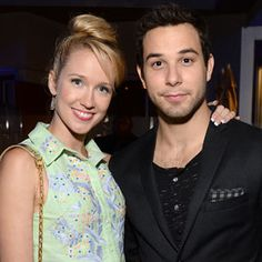 Skylar Astin and Anna Camp are DATING!